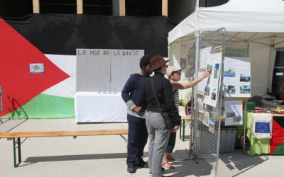 Stand de l'association Fosses-Bil'in Palestine