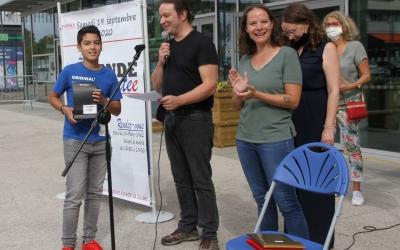 Eleas Fouchal gagne le 1er prix des collégiens.