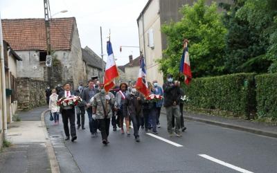 Défilé du 14-Juillet au village, Grande-Rue